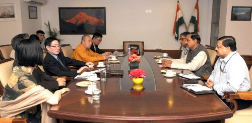 A Delegation led by the Minister of Religious Affairs of China, Mr. Wang Zuoan meeting the Minister of State for Culture (Independent Charge), Tourism (Independent Charge) and Civil Aviation, Dr. Mahesh Sharma, in New Delhi on April 01, 2015.
