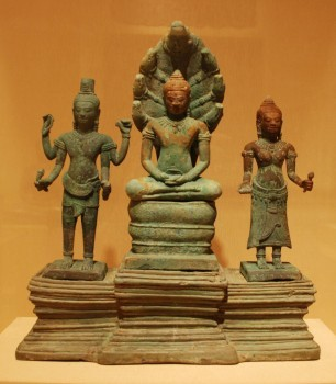 A 13th-century Buddhist trinity, smuggled from Cambodia, that Joel Alexander Greene donated to the Honolulu Academy of Arts. HONOLULU ACADEMY OF ARTS/VIA WIKIMEDIA COMMONS