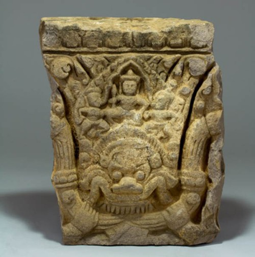 Architectural relief, Angkor, 11th-13th century, sandstone Collection of the John Young Museum of Art Photographer: Brandon Ng. Courtesy University of Hawai'i Art Galleries