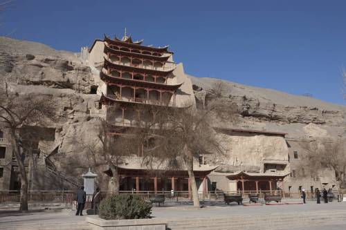 Inside this nine-story temple from the Tang Dynasty (618-907) is a 36-yard-high Buddha statue. photo credit: Dunhuang Academy PHOTO: DUNHUANG ACADEMY
