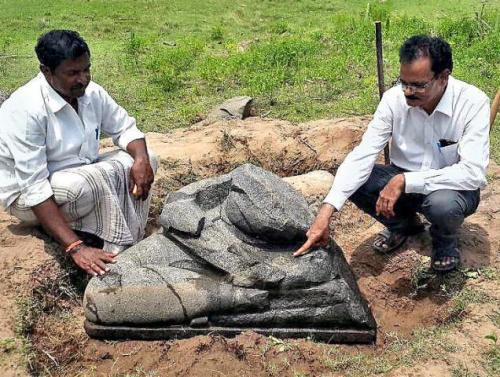 Archaeologist E. Sivanagi Reddy and his discovery at Motupalli village of Prakasam district.THE HINDU