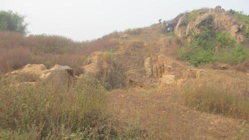 Remains of the stupa found at Ghosikund mound of Lakhisarai district of Bihar. (HT photo)